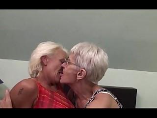 Granny Hairy Lesbian Mammy Mature Pussy Funny