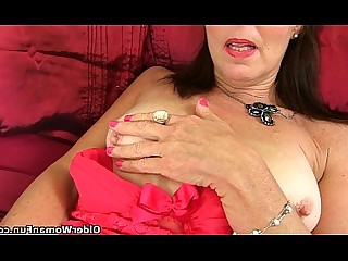 Cougar Dildo Fuck Granny HD Masturbation Mature MILF