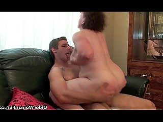 HD Granny Cumshot Cougar Big Cock Mammy Teen Old and Young