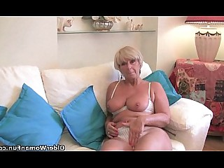 Cougar Granny HD Hot Mammy Masturbation Mature MILF