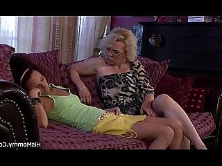 Amateur Dildo Girlfriend Granny Housewife Kitty Lesbian Wife