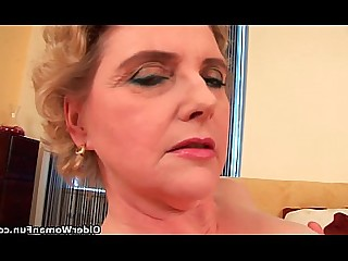 Dildo Granny Hairy HD Mammy Mature Pussy Shaved