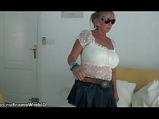 جبهة مورو نايلون ناضج مامي عالية الدقة جدة الثدي كبير الثدي