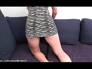 Masturbation Mammy HD Hairy Granny Bus Pussy Pleasure