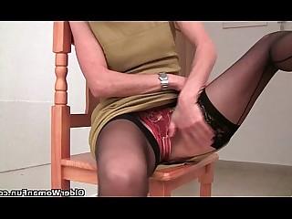 Pussy Pleasure MILF Mature Mammy Granny Cougar