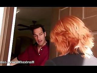 أحمر الشعر جبهة مورو ناضج