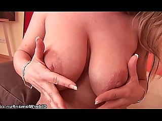 Cougar Dildo Fuck Housewife Mammy Masturbation Mature MILF