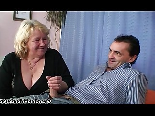 Huge Cock Housewife Granny Big Cock Wife Teen Mature Old and Young