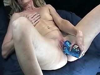MILF Orgasm Pussy Cougar Cumshot Kitchen Masturbation