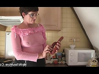 Big Cock Whore Seduced Mature Mammy Daughter