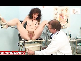 Crazy Granny Mature Pussy Shaved Vagina