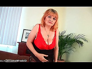 Granny Hairy Housewife Mammy Mature Solo Wife Big Tits
