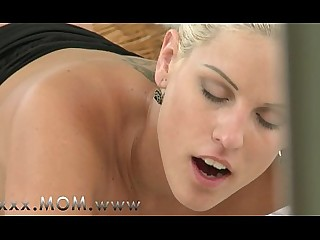 Friends Blonde Playing Orgasm MILF Mature Mammy Kiss