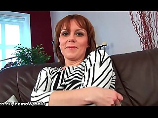 Cougar Hairy Housewife Mammy Mature Oil Pussy Wet